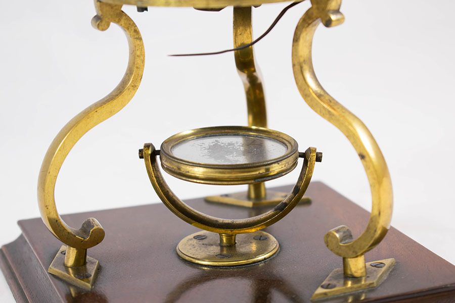 2003.14_culpepper microscope 2.jpg
