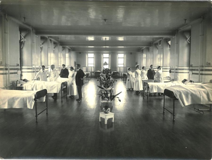 RCPSG-28-81 Medical Ward.jpg
