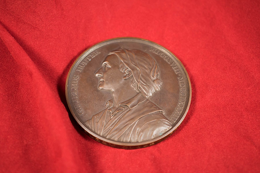 1998.12.4_William Hunter medal 5.jpg