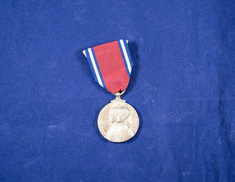 2003.66.2_george and mary coronation medal.jpg