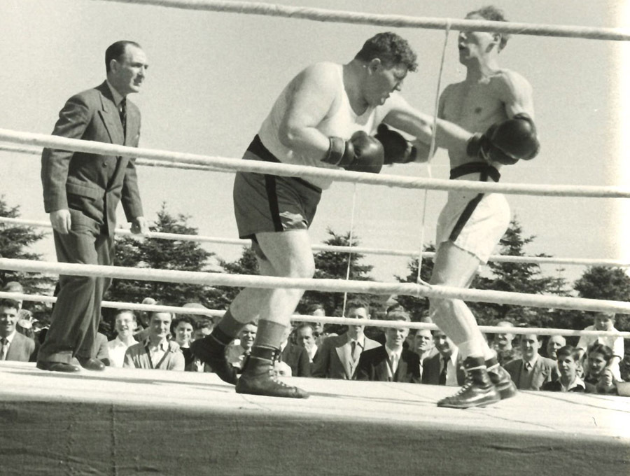 52-19-4-26-8_boxing.jpg