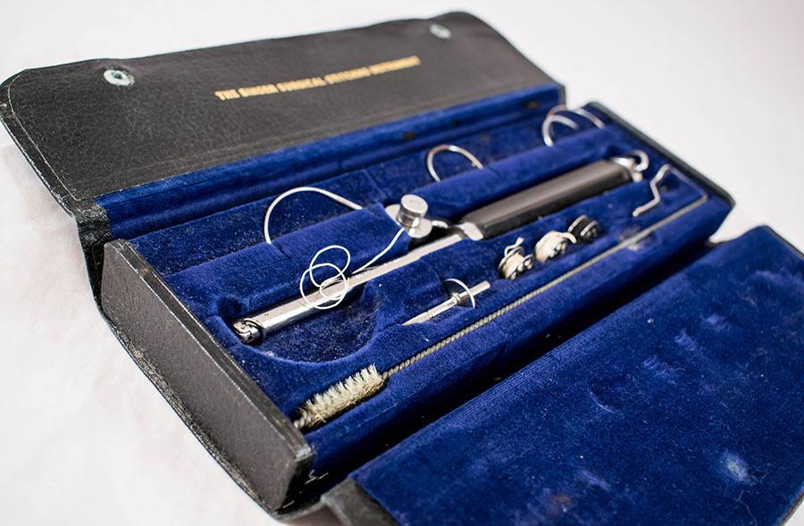 2005.10_singer stitching instrument 22.jpg