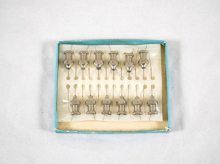 1999.3.3.6_needles 11.jpg