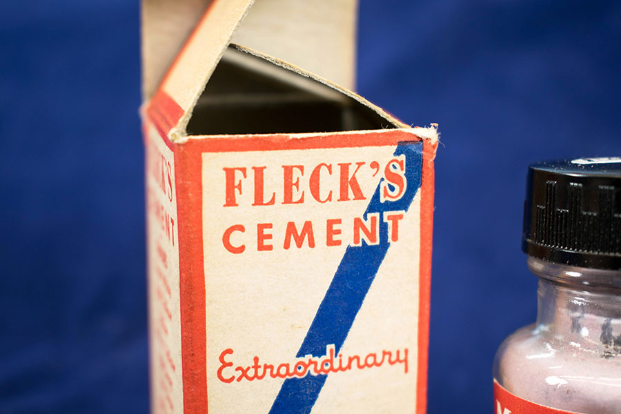 2005.8.731_fleck cement.jpg