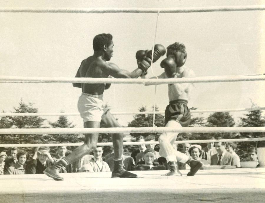 52-19-4-26-9_boxing.jpg