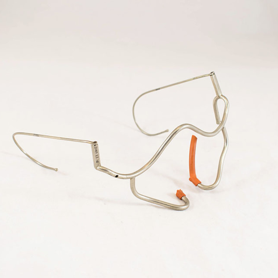 2003-27.10_oxygen spectacles_3 (1 of 1).jpg