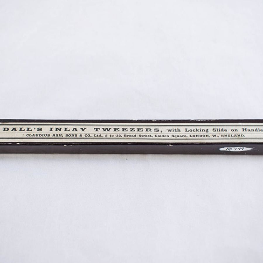 hd-799_inlay tweezers.jpg