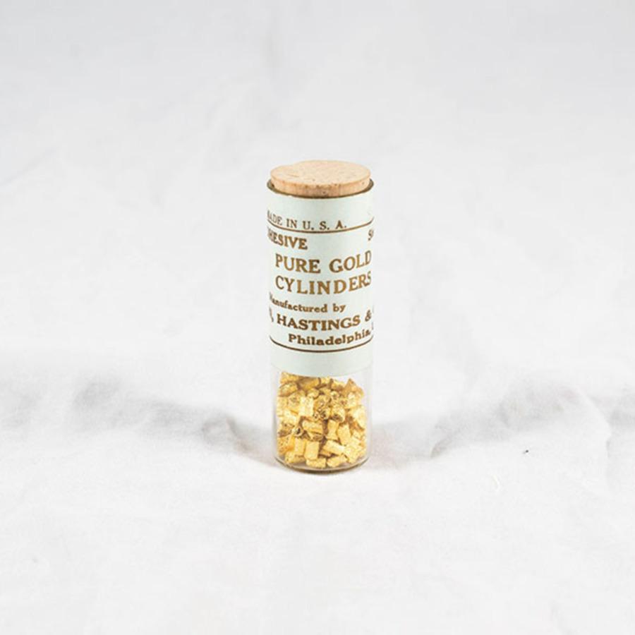 HD1190_gold cylinders_4.jpg