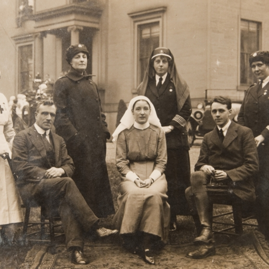 Group photograph of staff outside Caldergrove Auxiliary Hospital: Q.M. Garratt; Dr J.C. Wilson; [name unknown] Annie Allan; Mrs Despard OBE, Commandant; Dr T.P. Grant; Q.M. Moffat<br />