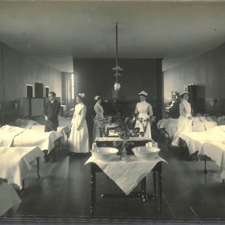 RCPSG-28-43 Medical Ward in Adams Block.jpg