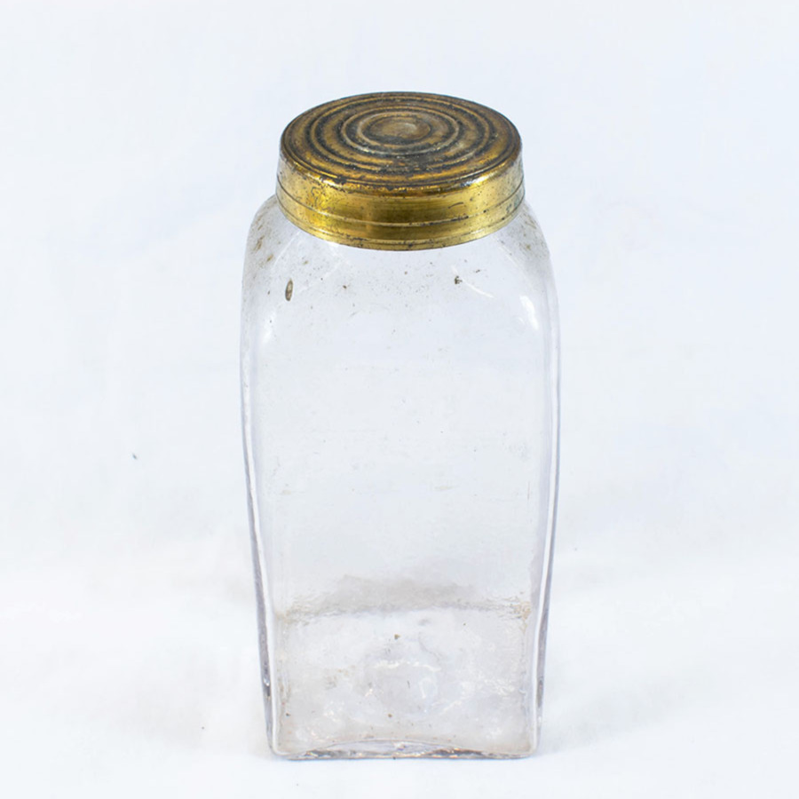 2019.5.10_glass jar_2.jpg