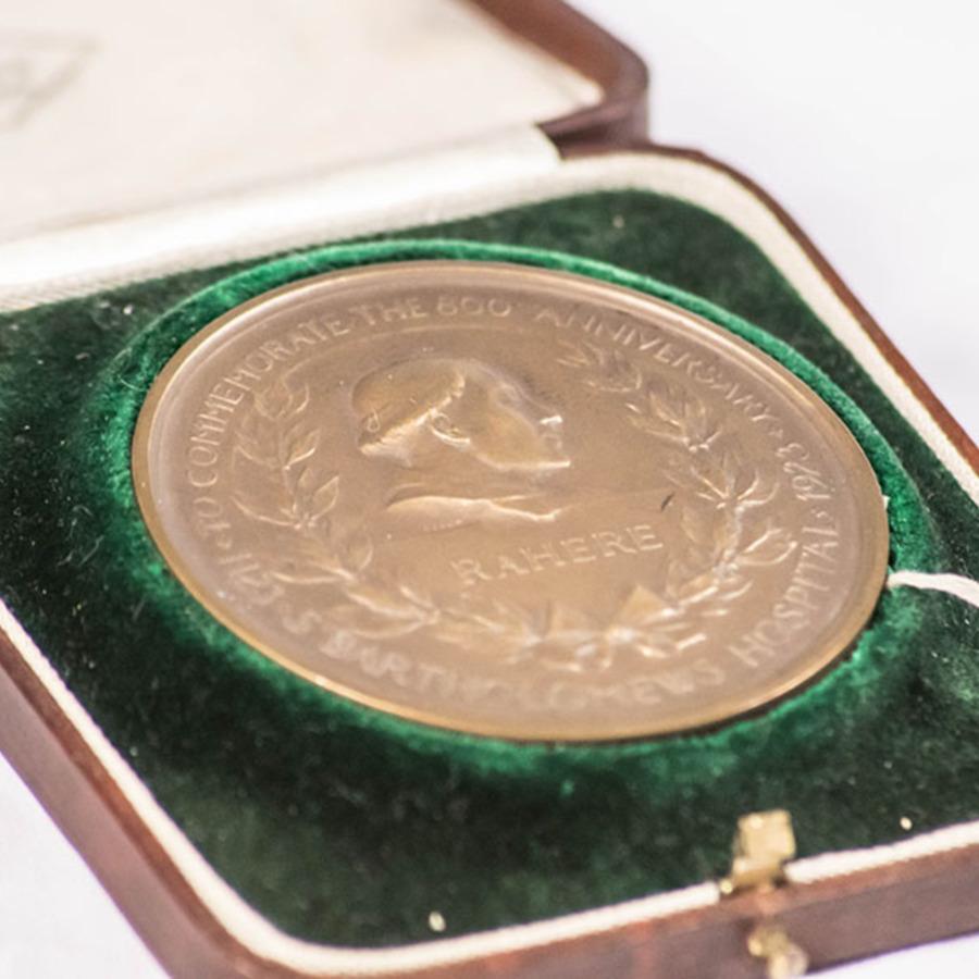 2003.40.11_St Bart's medal 6.jpg