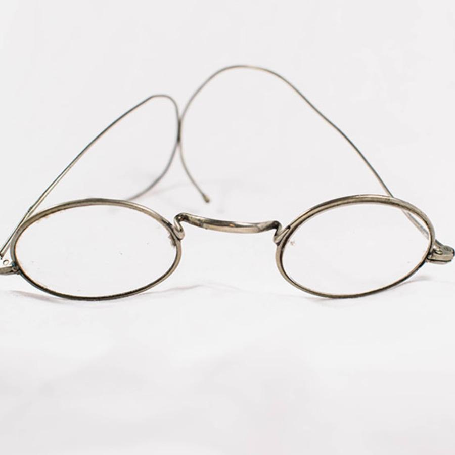 2003.77.21_glasses 3.jpg