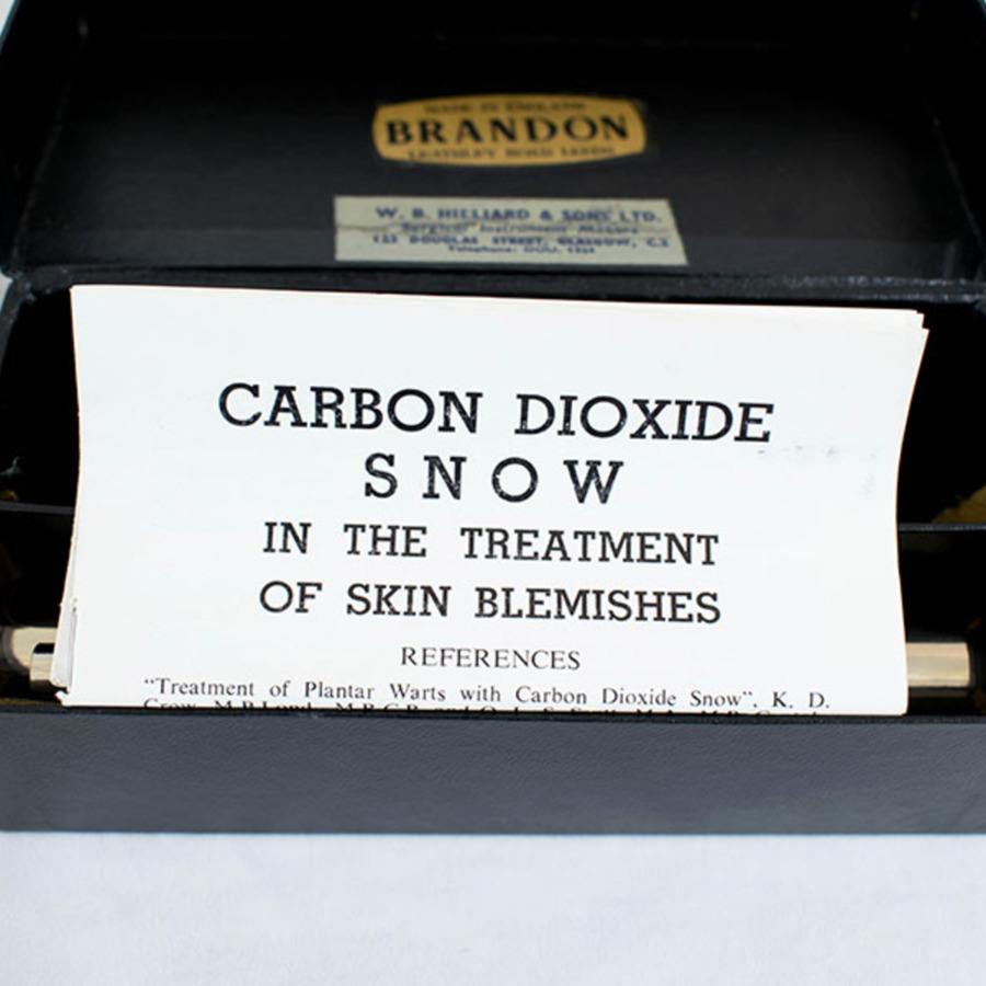 1996.3.1_brandon co2 snow apparatus 6.jpg