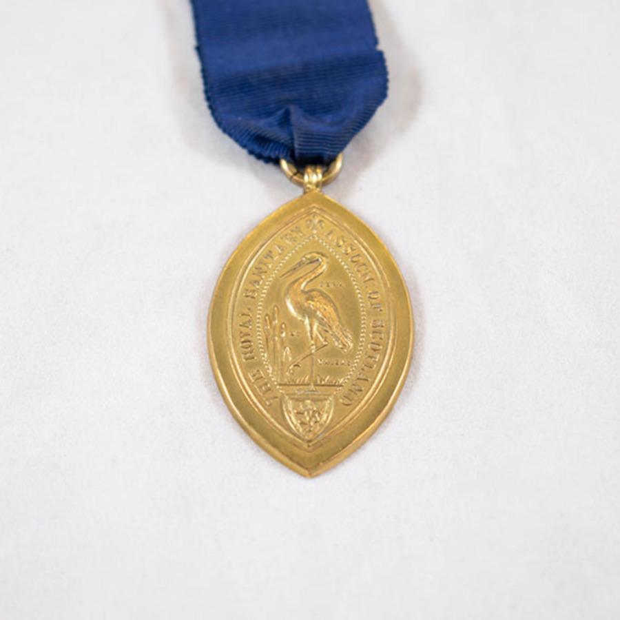 2003.66.5_rsas badge 6.jpg