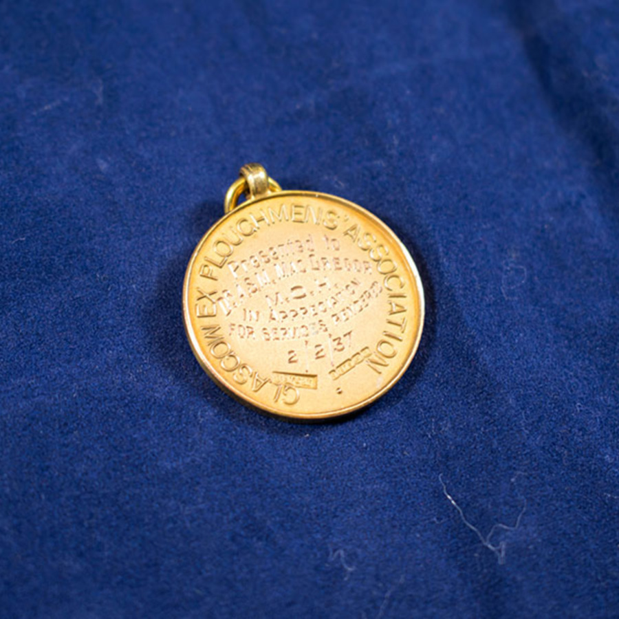 2003.66.46_ploughman medal.jpg