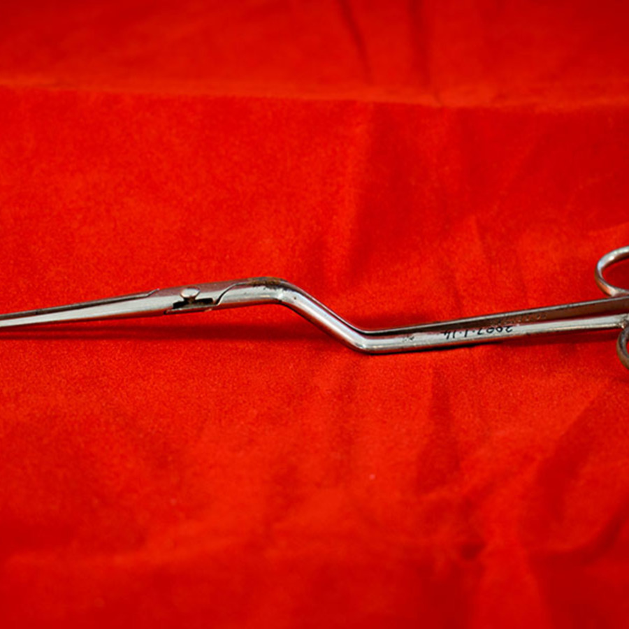 2007.1.14_Non ratchet forceps 3.jpg