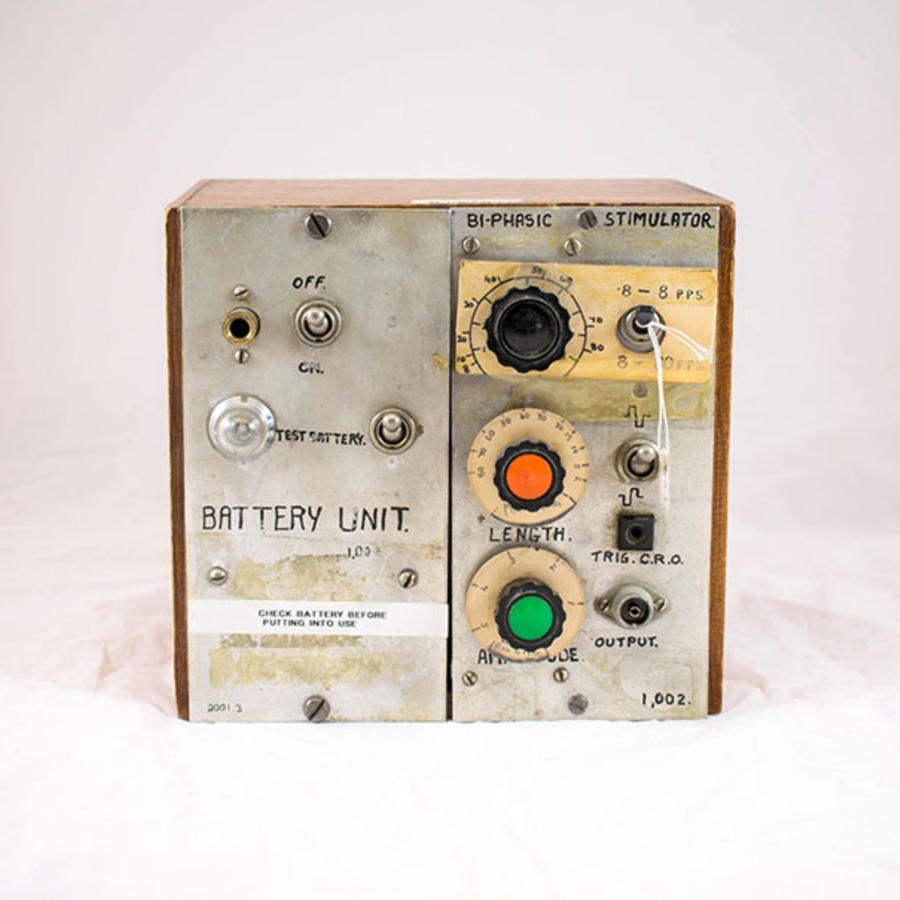 2001.3_biphasic stimulator 2.jpg